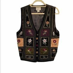 TanTrums appliqué and embroidered vest Size large